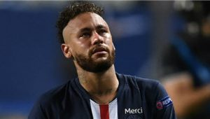 Neymar Extend Contract With PSG
